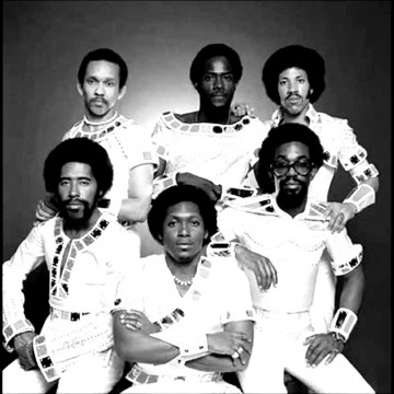 commodores-blackwhite