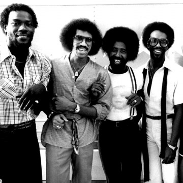 commodores4-blackwhite